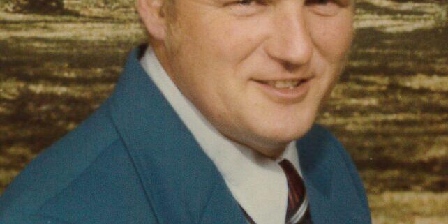 Dean, Larry D